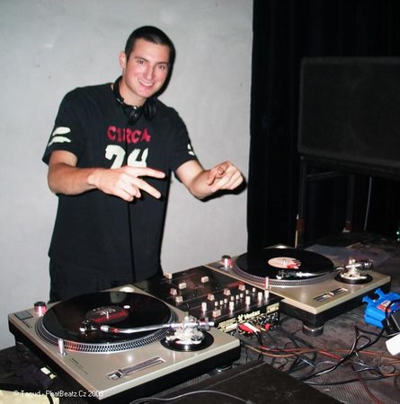 DJ Trafik