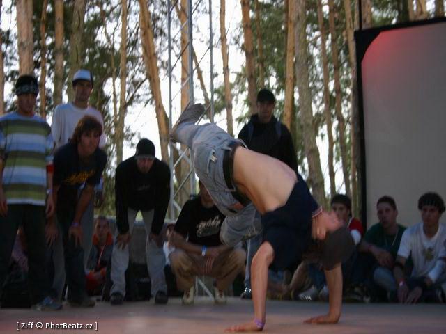 040813_HHK04_Breakdance_02