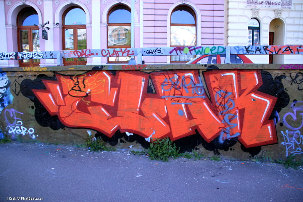 120426_Tesnov_01
