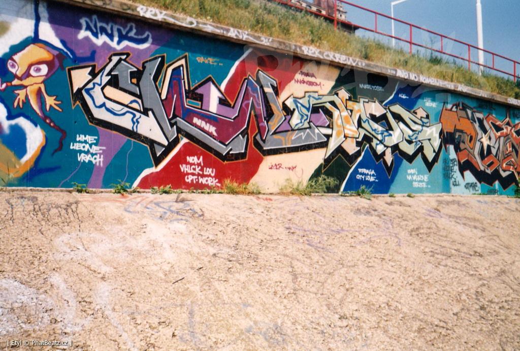 1996-2000_Graffiti_Praha_03