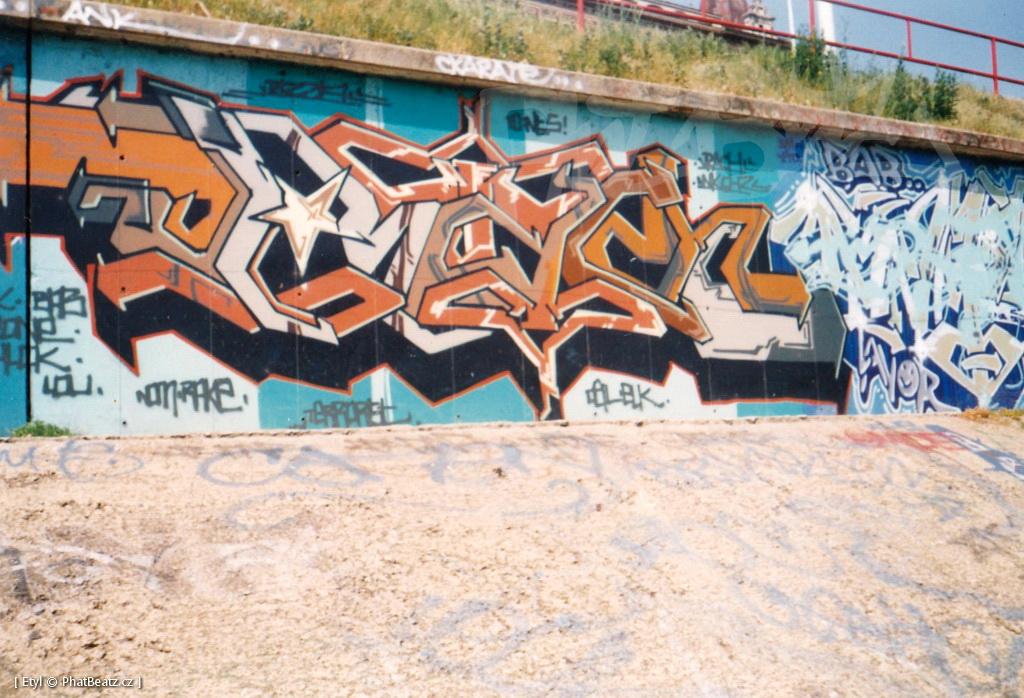 1996-2000_Graffiti_Praha_04