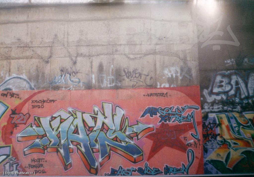 1996-2000_Graffiti_Praha_20