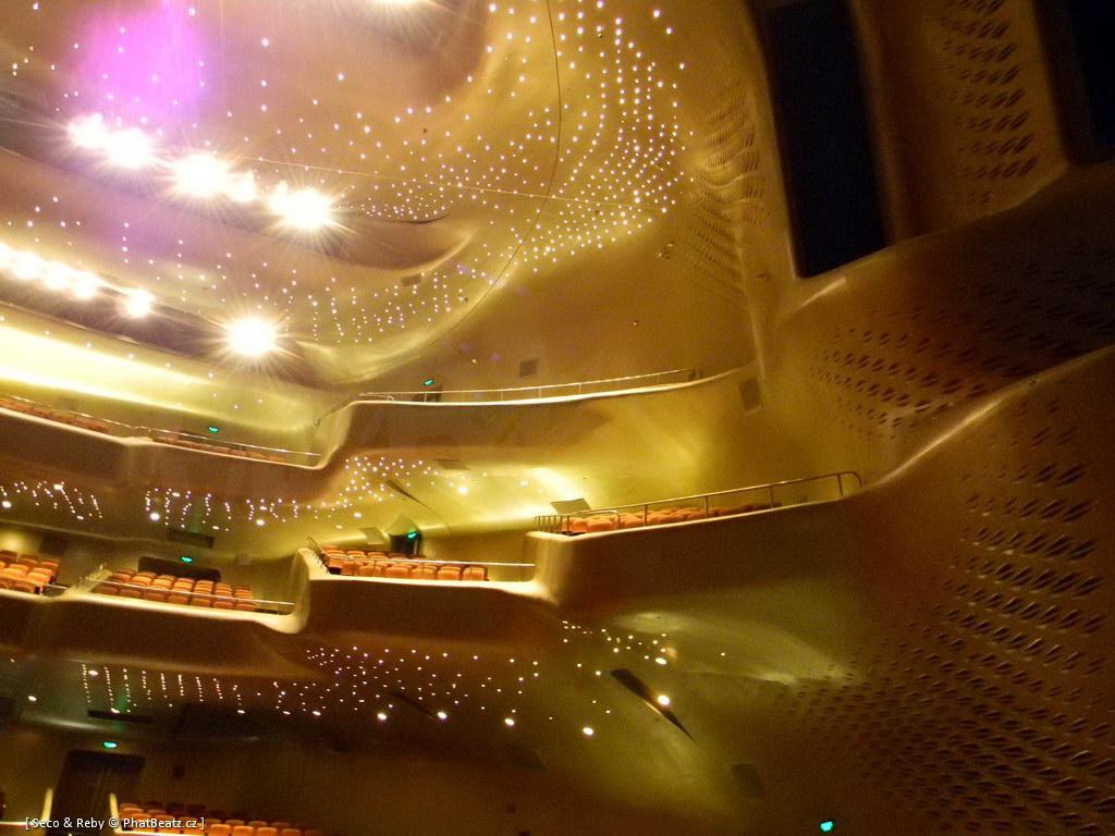 Guangzhou_Opera_10