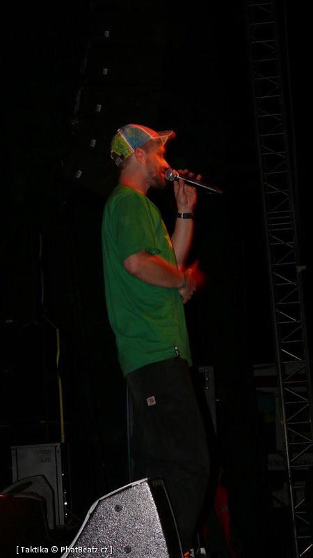 HHJ2011_30