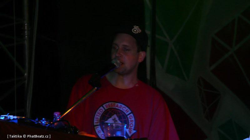 HHJ2011_40