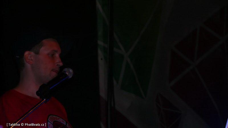 HHJ2011_43