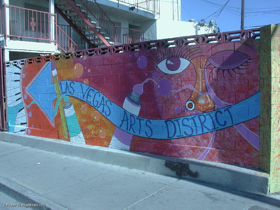 LasVegas-street_20