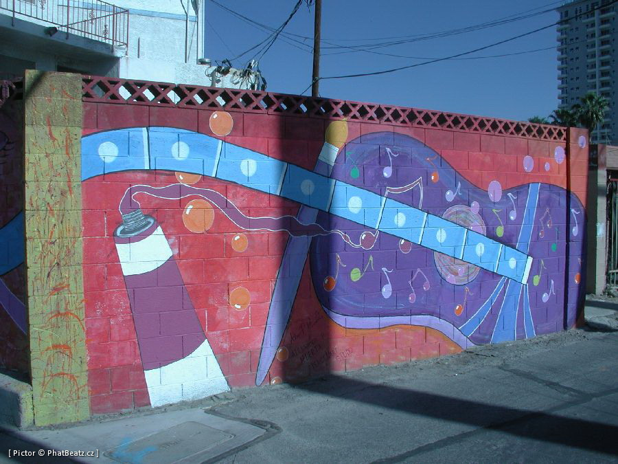 LasVegas-street_21