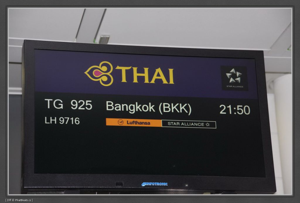 THAILAND2011_002