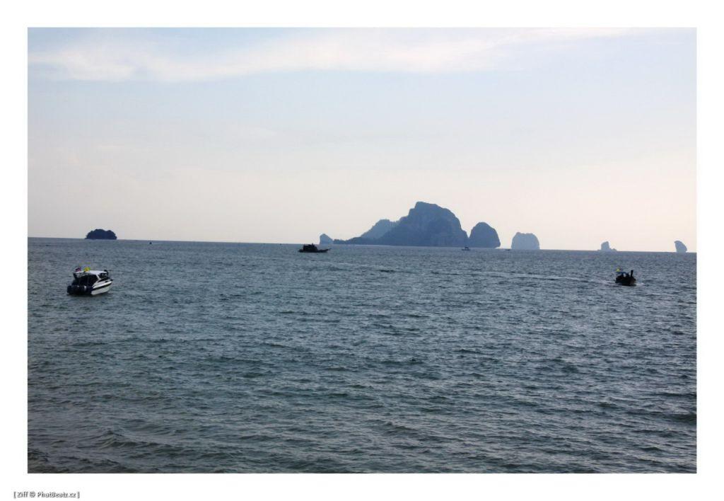 THAILAND2011_011