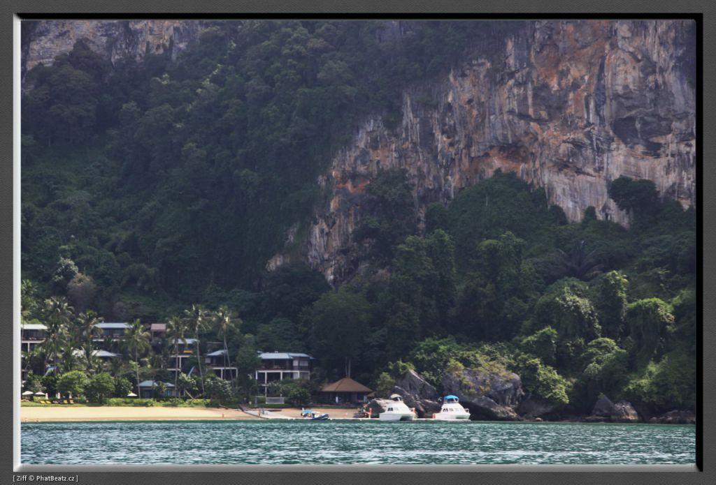 THAILAND2011_035