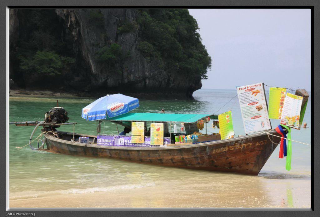 THAILAND2011_037