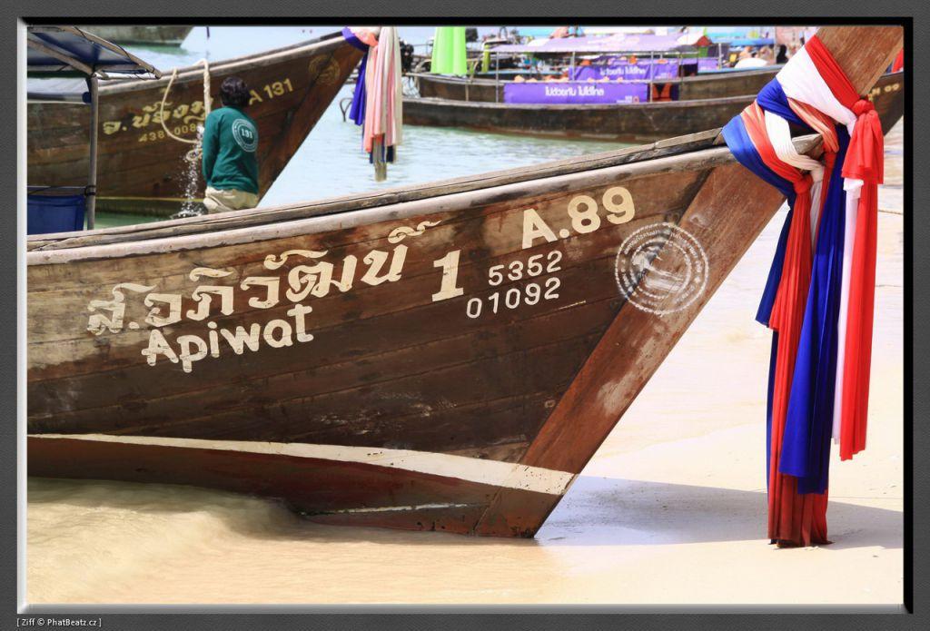 THAILAND2011_040