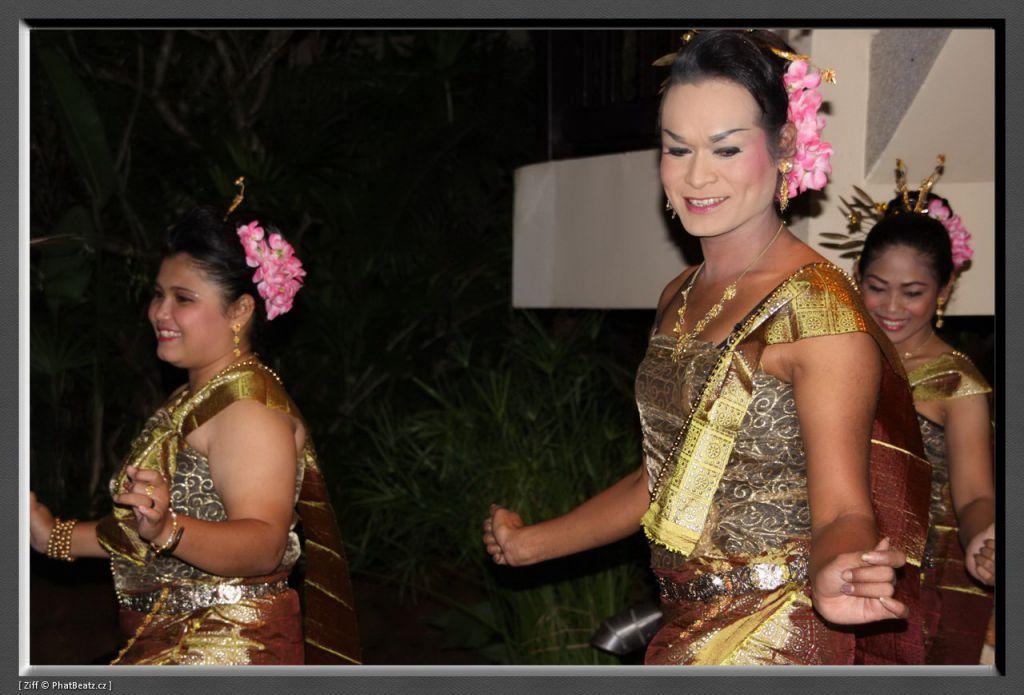 THAILAND2011_124