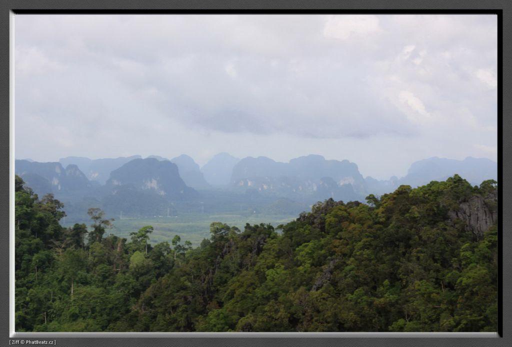THAILAND2011_142
