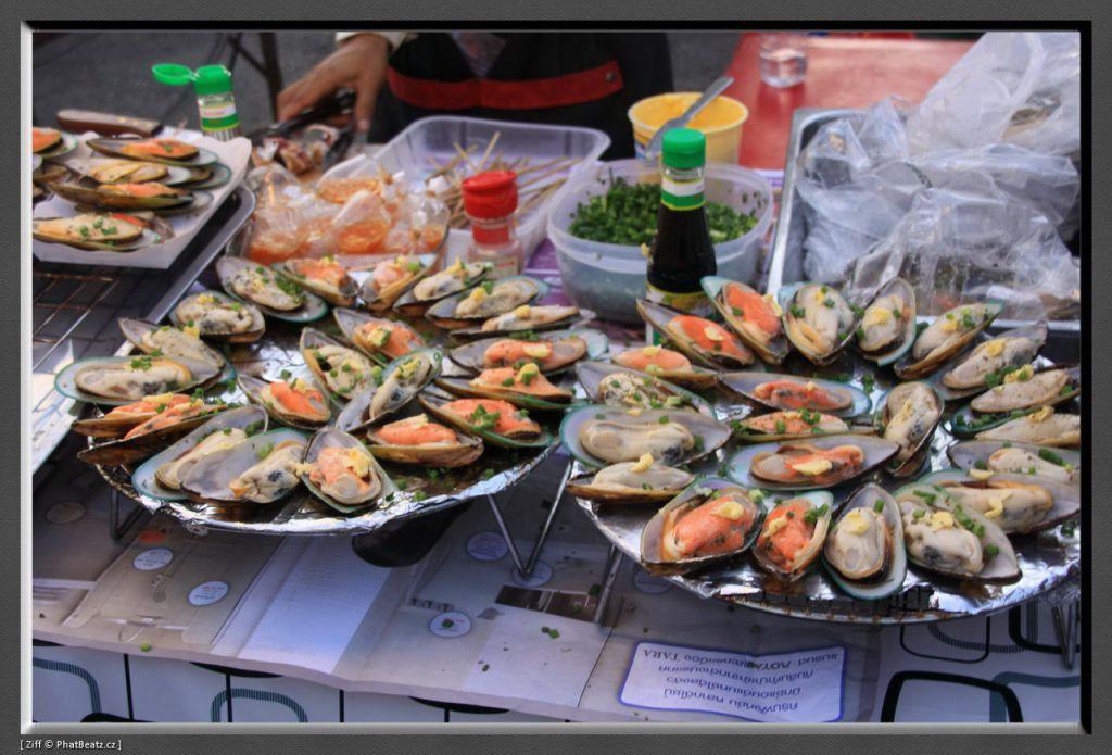 THAILAND2011_198
