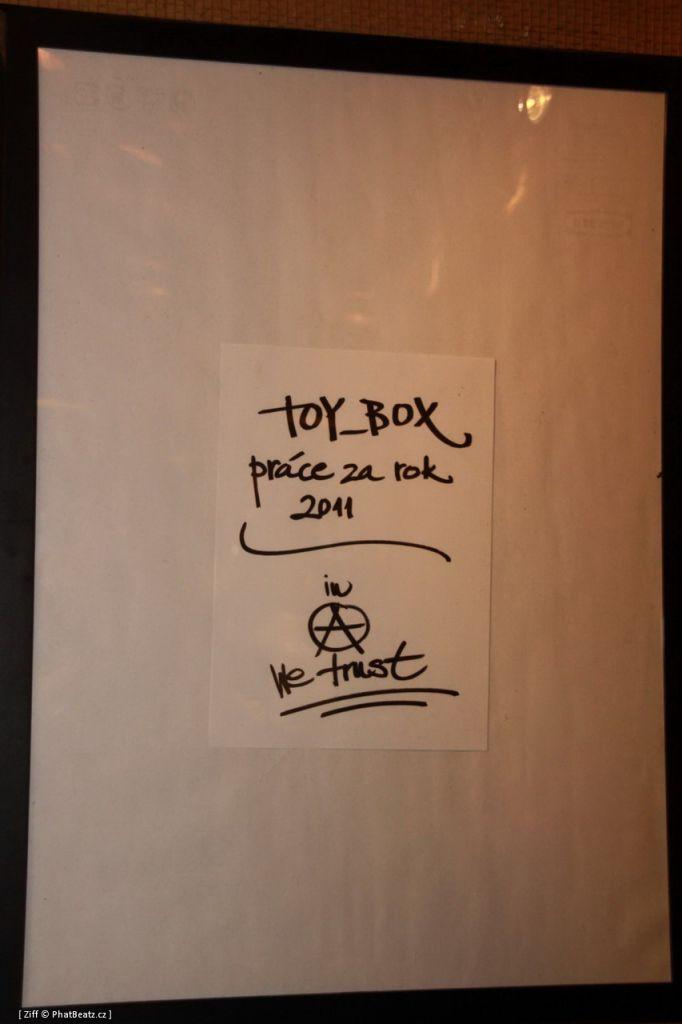 ToyBox_01