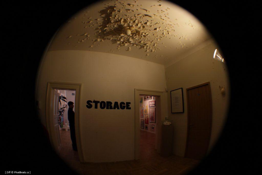 storage_079